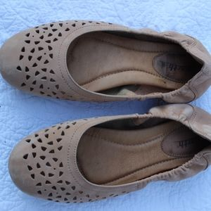 Earth Beige Sz 10 Ballet Flats Genuine Leather